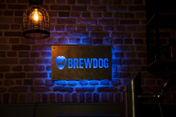 Brewdog_Metal wall LED plate